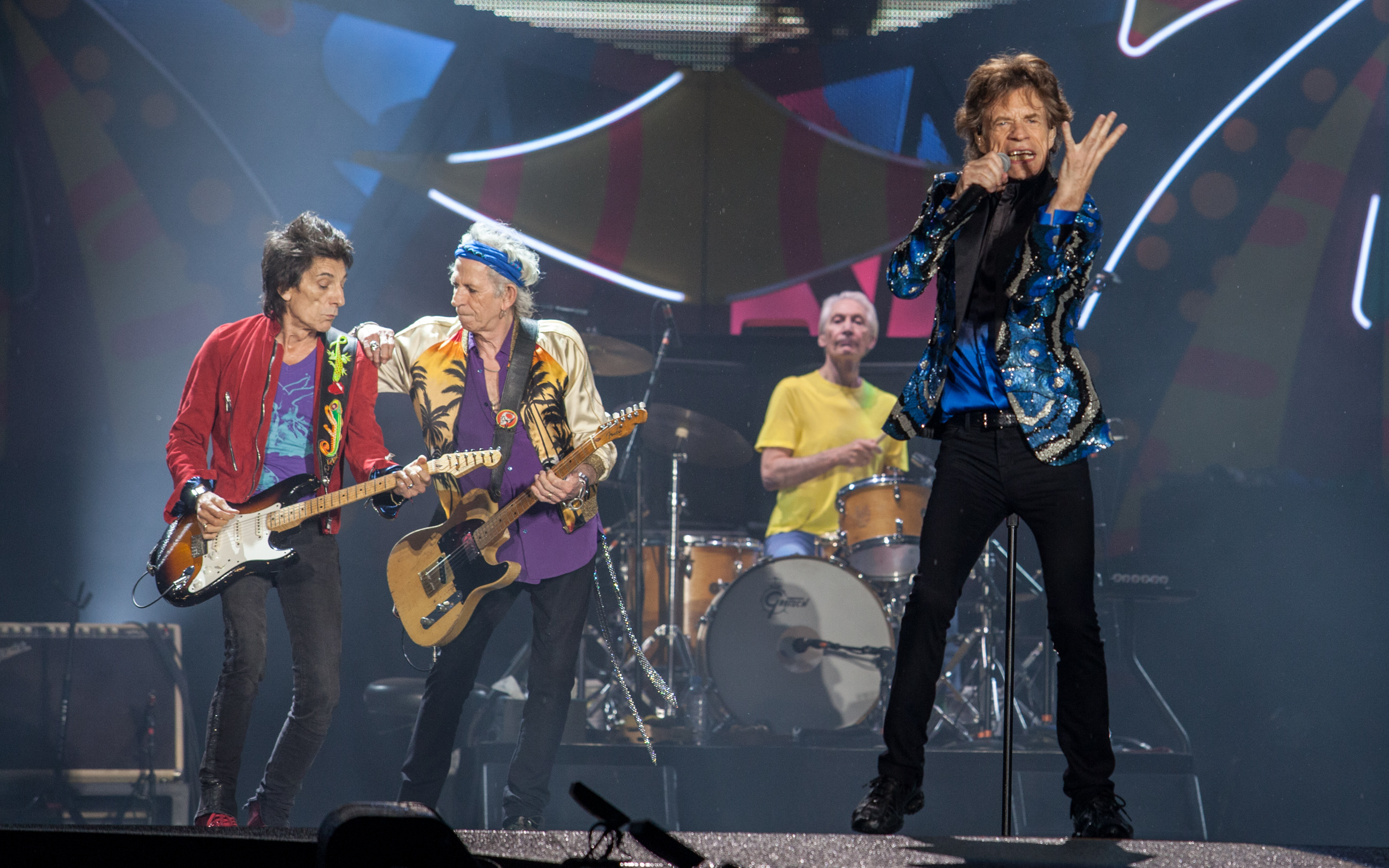 Ronnie Wood, Mick Jagger, Charlie Watts e Keith Richards durante show dos Rolling Stones em São Paulo