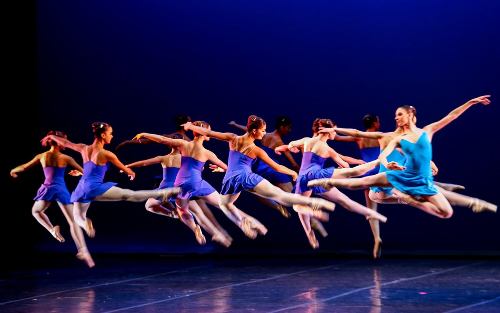 Alunos da Escola Estadual de Dança Maria Olenewa se apresentarão no domingo (17)