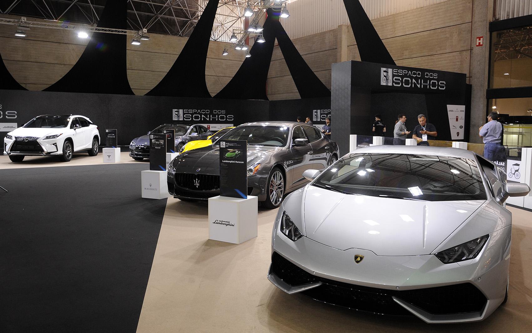 Espaço dos Sonhos reúne carrões no Salão do Automóvel de São Paulo 2016