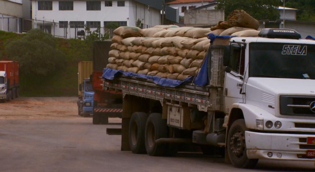 Exportações também sobem e animam os produtores da região (Foto: Reprodução EPTV)