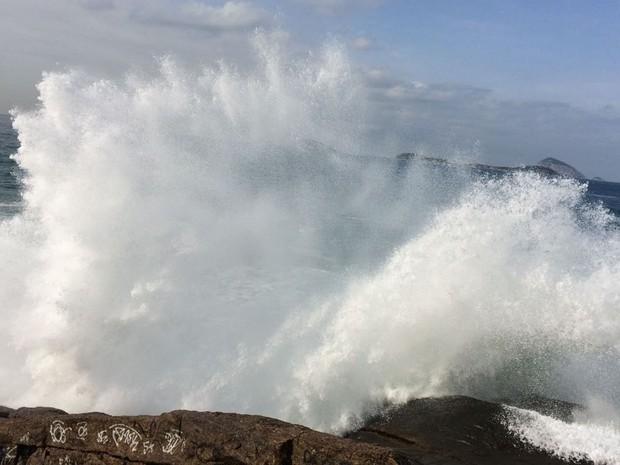 Resultado de imagem para mar grosso e muito grosso no litoral potiguar