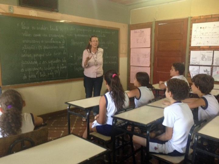 Quando o Brasil vai lembrar dos professores?