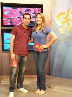 Antero Neto e Mariana Sasso (Foto: TV Verdes Mares/Reprodução)