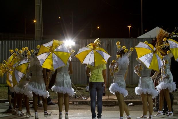 Equipe da RBS TV realizou transmissão do Carnaval de Porto Alegre (Foto: Gilberto Perin)