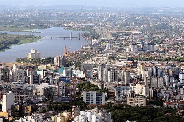 Vista áerea do centro de Porto Alegre (Foto: Ivo Gonçalves/PMPA)