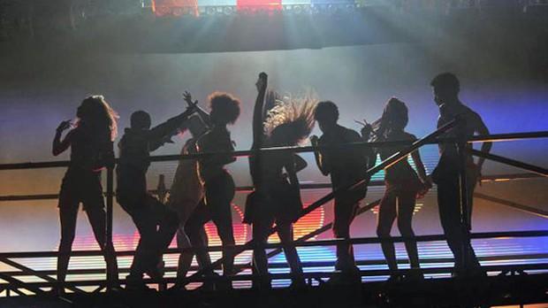 Os bastidores da abertura de Avenida Brasil (Foto: TV Globo)