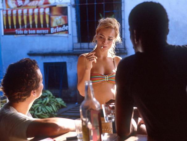 Wagner Moura, Alice Braga e Lázaro Ramos são os protagonistas de Cidade Baixa