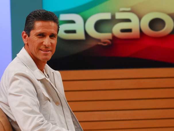 Ex-jogador e atual assistente técnico da seleção brasileira, Jorginho fala sobre o instituto Bola Pra Frente