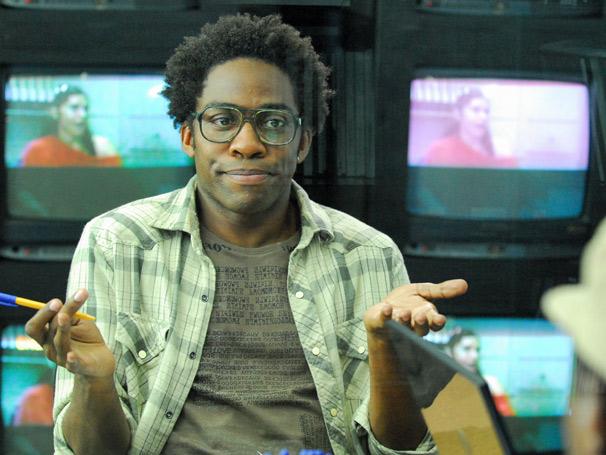 O repórter Curioso, interpretado por Lázaro Ramos