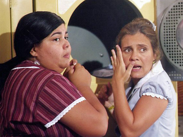 Adriana Esteves interpreta a atrapalhada Olímpia