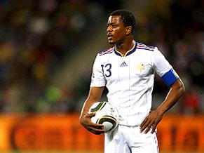 Capitão francês Evra reclamou do barulho das vuvuzelas no primeiro jogo