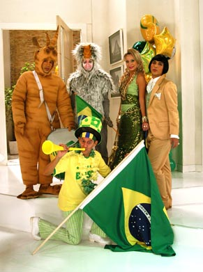 Lady Kate (Katiuscia Canoro), Kleitom (Caike Luna), Salsichão (Ataíde Arcoverde), Admilson (Rodrigo Santana) e Clarete (Talita Carauta)