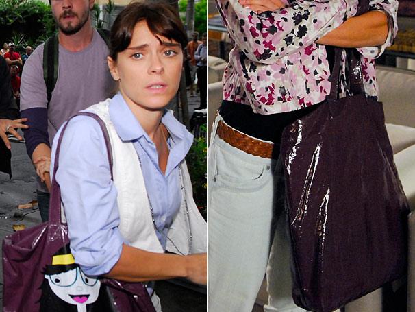 A divertida bolsa roxa de Diana (Carolina Dieckmann) liderou  os pedidos de junho