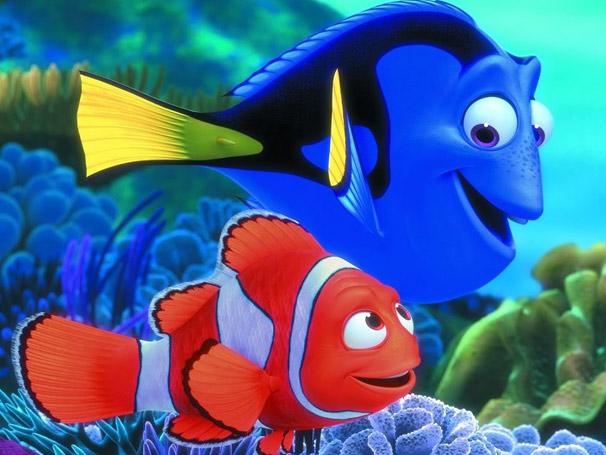 Marlin e Dory saem a procura de Nemo