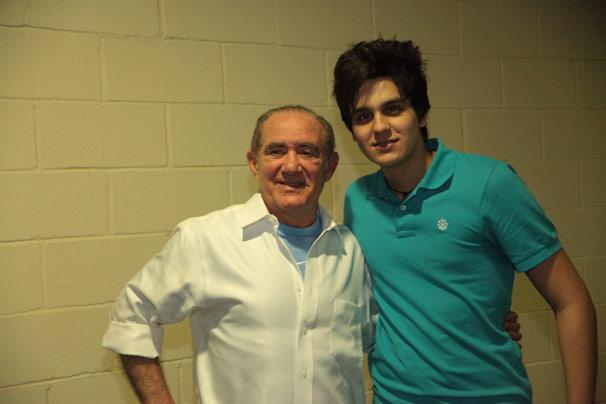Luan Santana e Renato Aragão