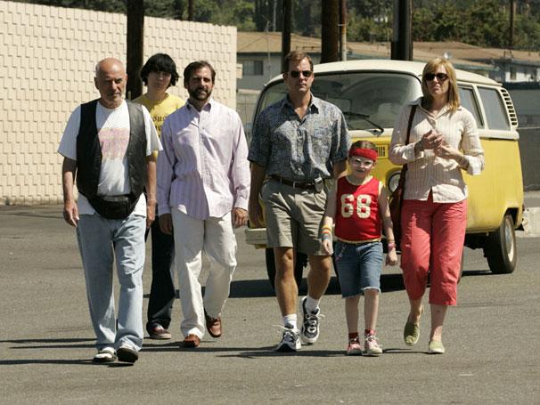 Família encara viagem de kombi em A Pequena Miss Sunshine