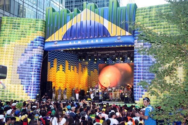 Neste domingo, dia 5, brasileiros comemoraram edição do Brazilian Day em Nova York