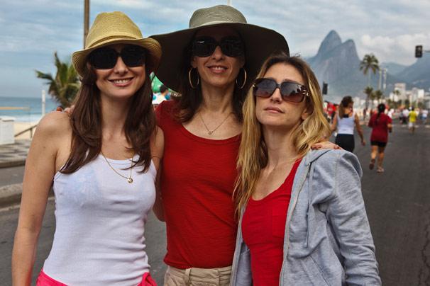 Lavínia Vlasak, Fernanda Torres e Amora Mautner