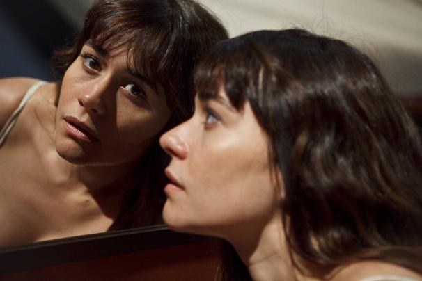 Alessandra Negrini vive Marta em 'A Iludida de Copacabana'