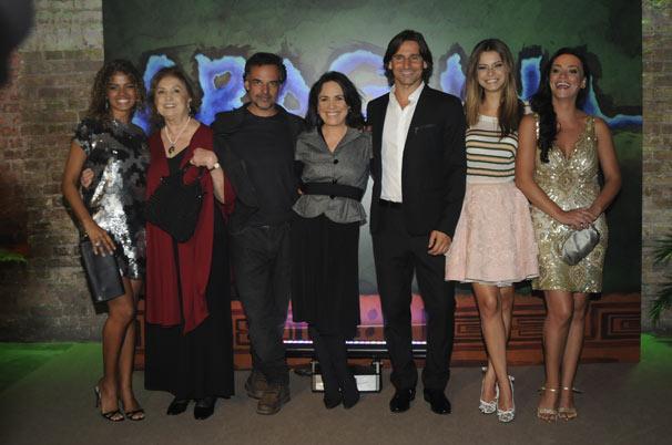Raquel Villar , Eva Wilma , Angelo Antonio , Regina Duarte , Murilo Rosa , Milena Toscano e Suzana Pires