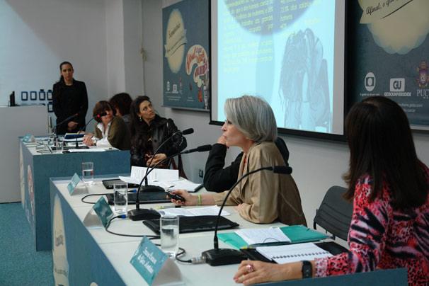 A primeira mesa discutiu 'A mulher e o desejo: a condição feminina'