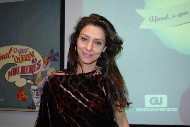 Maria Fernanda Cândido falou sobre Monique, sua personagem