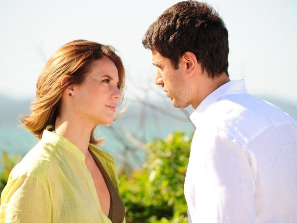 Paola Oliveira e Eriberto Leão vivem par romântico em Insensato Coração