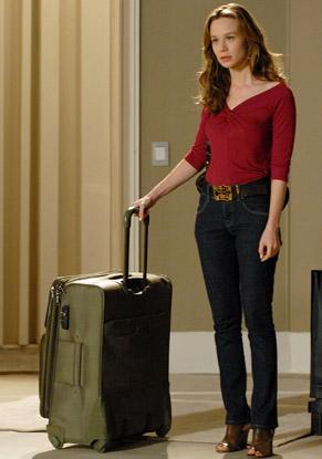 Clara (Mariana Ximenes) vai morar com Totó (Tony Ramos)
