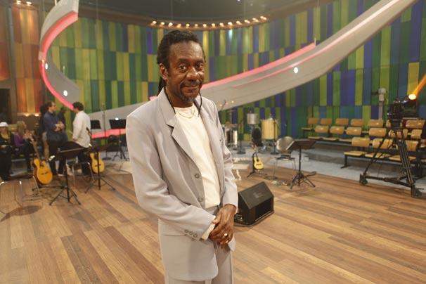 Luiz Melodia participa do Som Brasil Nelson Cavaquinho, nesta sexta