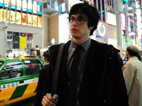 Mateus Solano gravou várias cenas nas ruas de Tóquio