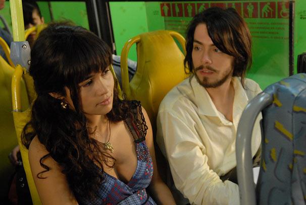 Fabio (Fabio Enriquez) e Nanda (Nanda Costa)