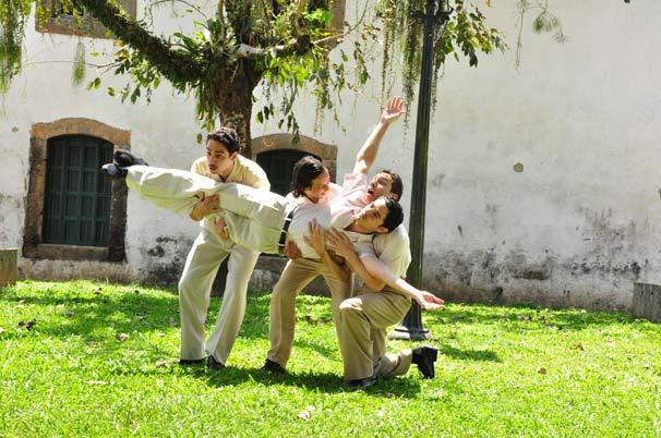 Vinícius de Oliveira interpreta Renato Aragão na juventude