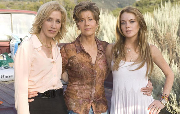 As três mulheres juntas acabam descobrindo diversos segredos de família