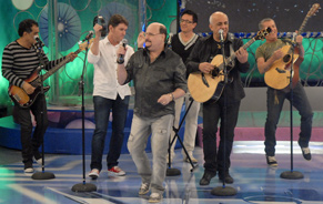 A banda Roupa Nova toca o sucesso