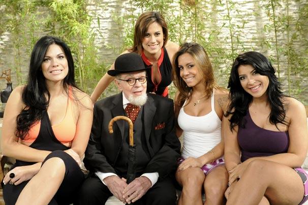 Joseane, Popó (Chico Anysio), Lia, Priscila e Angélica