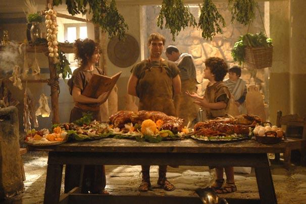 João (Miguel Arraes) tempera o banquete imperial com planta sonífera