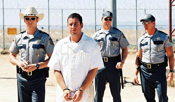 Adam Sandler vive ex-jogador de futebol americano em 'Golpe Baixo'