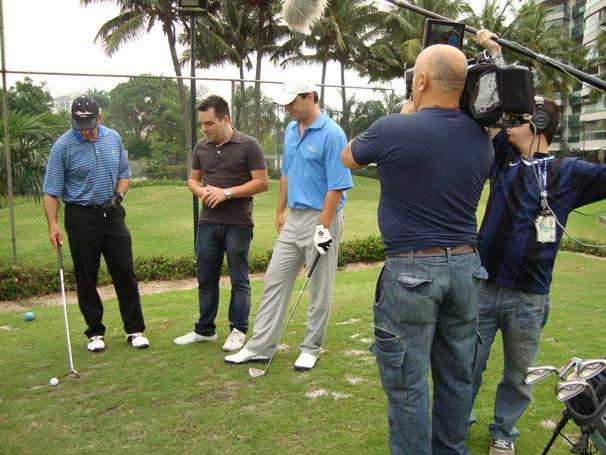 Novo quadro, o EE das Estrelas mostra Rodrigo Lombardi e Humberto Martins jogando golfe