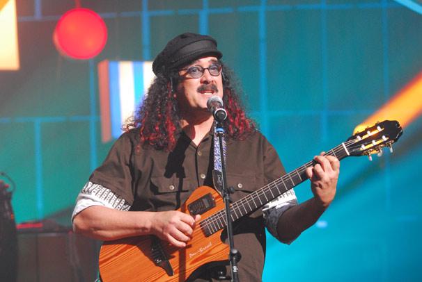 Globo Marcas lança DVD do Som Brasil em homenagem a Moraes Moreira