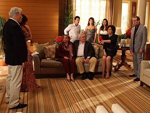 Festa de Raul e Wanda termina em confusão