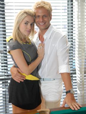 Bárbara e Oliver são de 'famílias rivais' (Foto: TV Globo / Marcio Nunes)