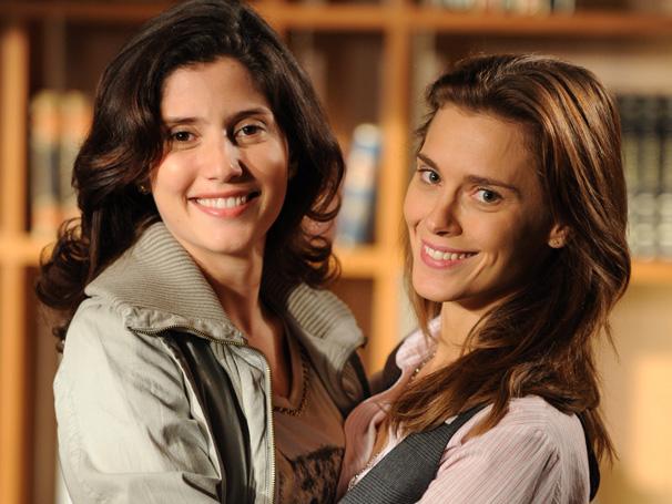 Em Passione, Gabriela Carneiro da Cunha interpretou Cris, a melhor amiga de Diana (Carolina Dieckmann) (Foto: Estevam Avellar/ TV Globo)