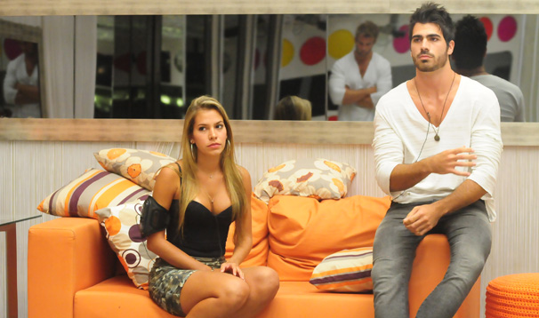 Adriana e Rodrigo se enfrentam no paredão triplo desta terça, dia 22 (Foto: Frederico Rozário/ TV Globo)