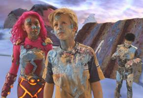 Max descobre que este novo mundo pode ser muito mais real do que parece (Foto: Reprodução)
