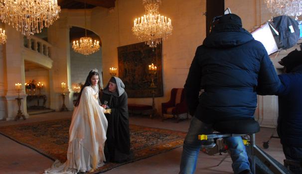 Aline Moraes e Zé Celso martinez são dirigidos por Ricardo Waddington (Foto: Zé Paulo Cardeal/ TV Globo)