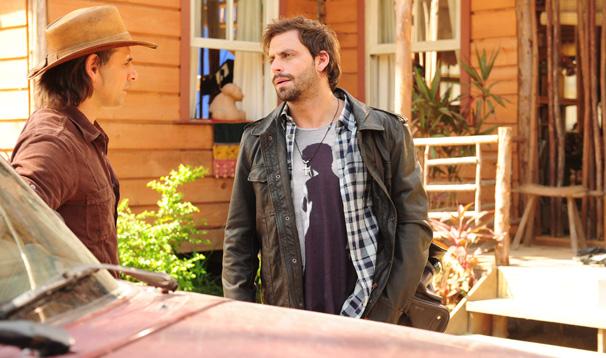Henri castelli interpreta o jornalista Rudy em Araguaia (Foto: Divulgação/ TV Globo)