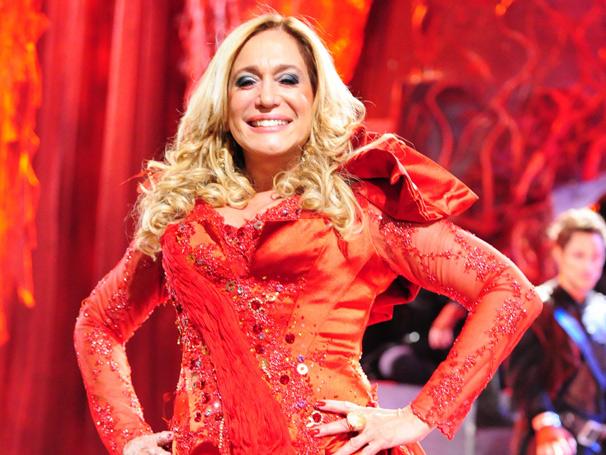 Lara com Z - A diva volta como a Lady de MacBeth Lara Romero (Susana Vieira) (Foto: TV Globo / João Miguel Júnior)