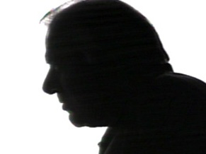 Célio Moreira ra o locutor misterioso do Jornal de Vanguarda (Foto: CEDOC/ TV Globo)