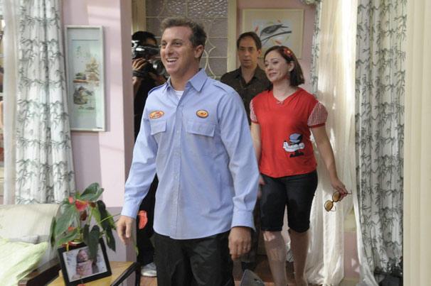 Luciano Huck participa de um dos episódios da nova temporada de A Grande Família (Foto: TV Globo / Marcio Nunes)