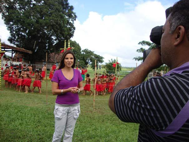 Lizandra Trindade visita aldeias indígenas no Oiapoque (Foto: Divulgação TV Globo)